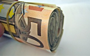 euro-banknoty-rulon_Images-of-Money_CC-by-2,0-466